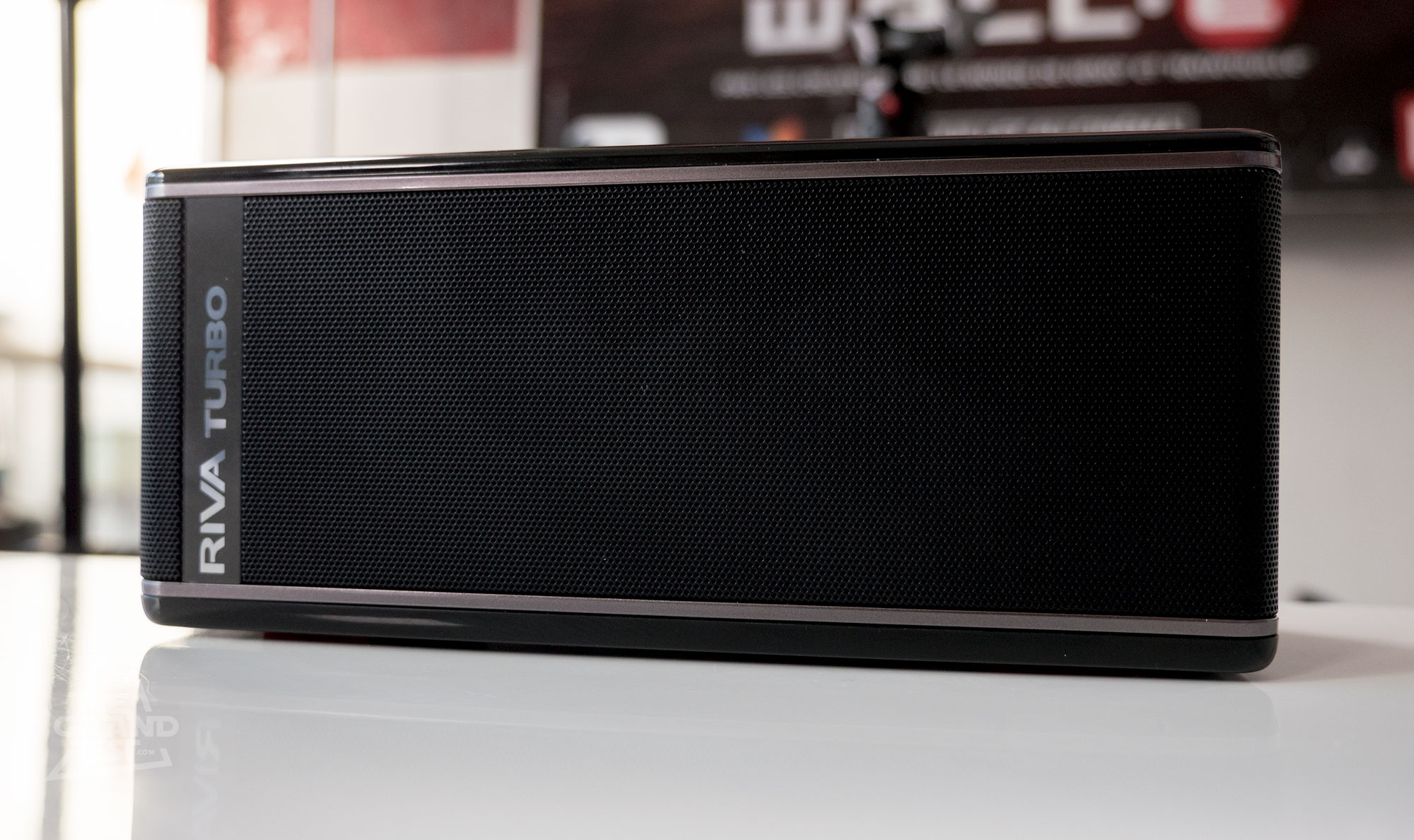 Grande Enceinte Bluetooth Le Test De L 39enceinte Bluetooth Riva Turbo X