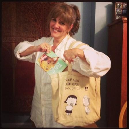 Green Diva Mizar modeling Eco Ed's reusable bag