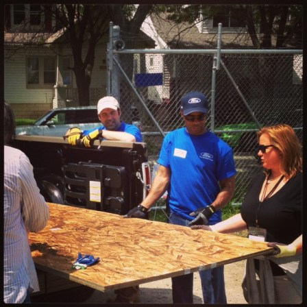 Green Diva Meg delivers supplies to Habitat for Humanity in Detroit