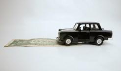 car saving money on gas