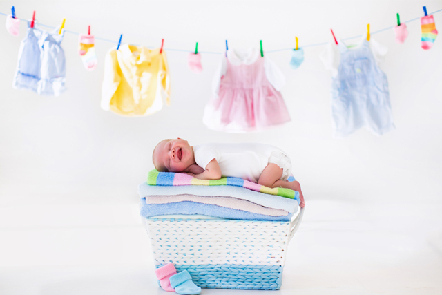 DIY laundry hacks image w/ baby on the green divas