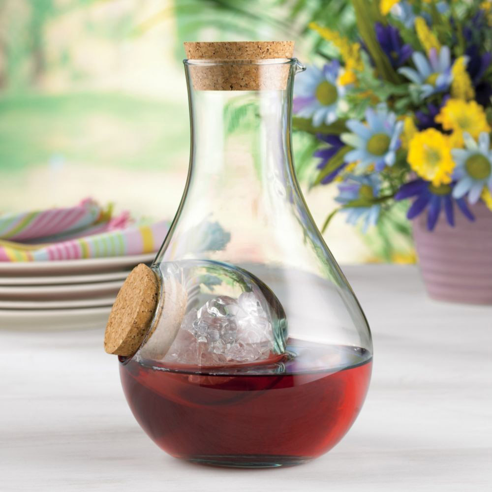 Karaffe Wein Beaujolais Chilling Wine Carafe | The Green Head