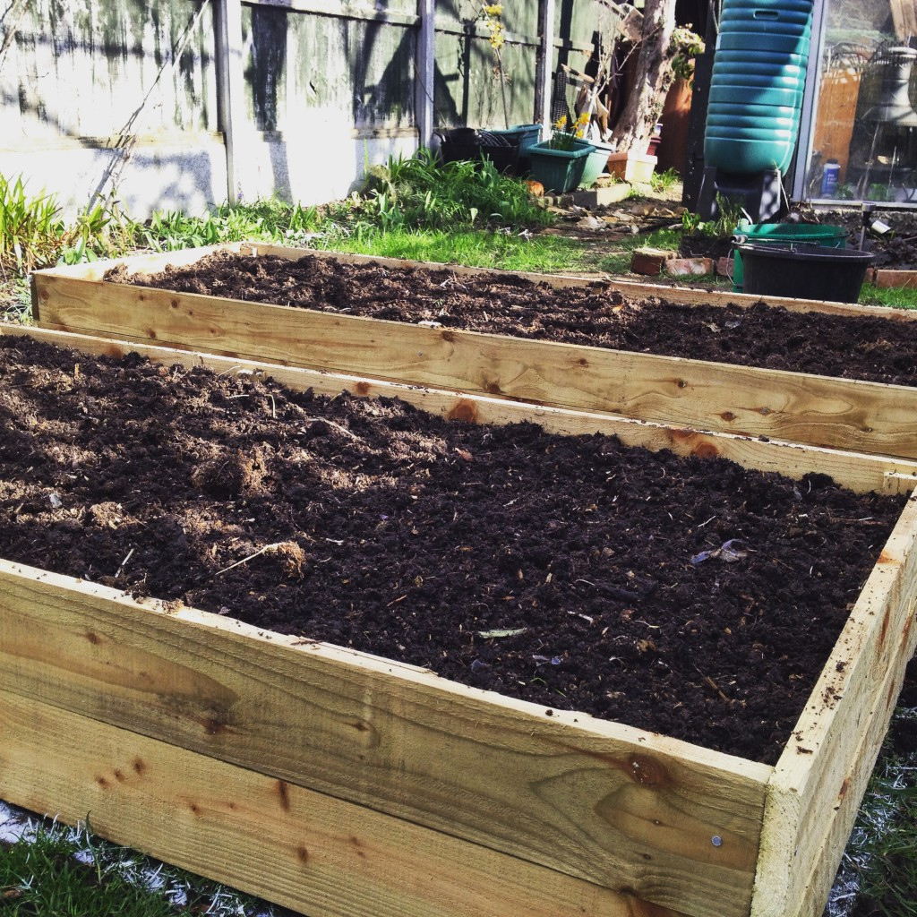 Instructions For Making Raised Garden Beds How To Make A No Dig Raised Bed The Guide To Gay