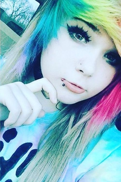 Varicolored emo hairstyles for girls