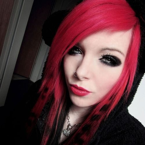Rich pink emo hairstyles for girls