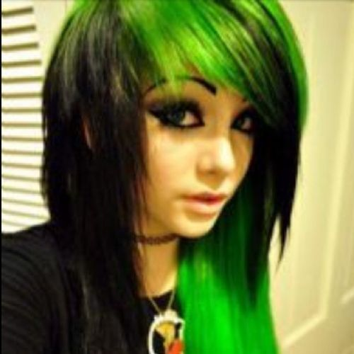 Green emo hairstyles for girls