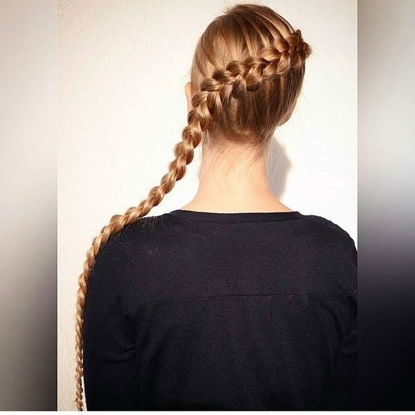 Diagonal Dutch Braid for Extremely Long Hair