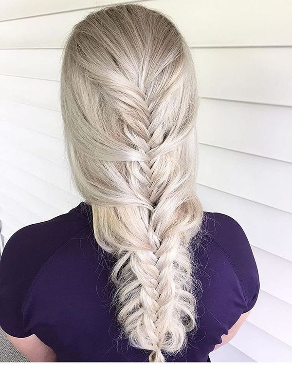 Floating Fishtail Nailed into Split Fishtail Braid