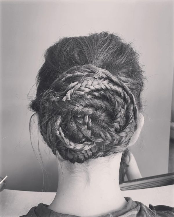 A shell of plaits