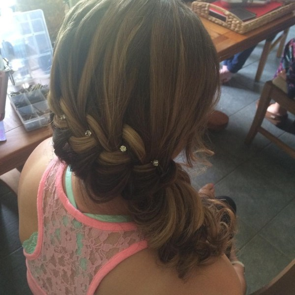 Pretty fishtail with barrettes