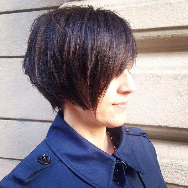 Excellent Bob with a Slanting Bang0