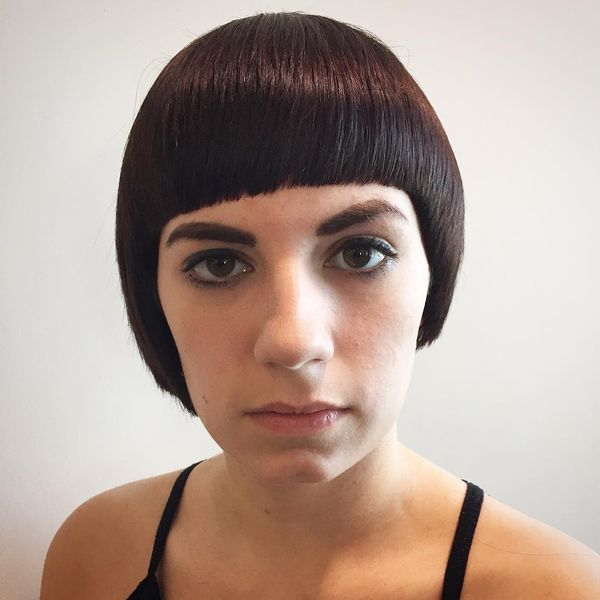 Glossy Bob with Sharp & Edgy Lines