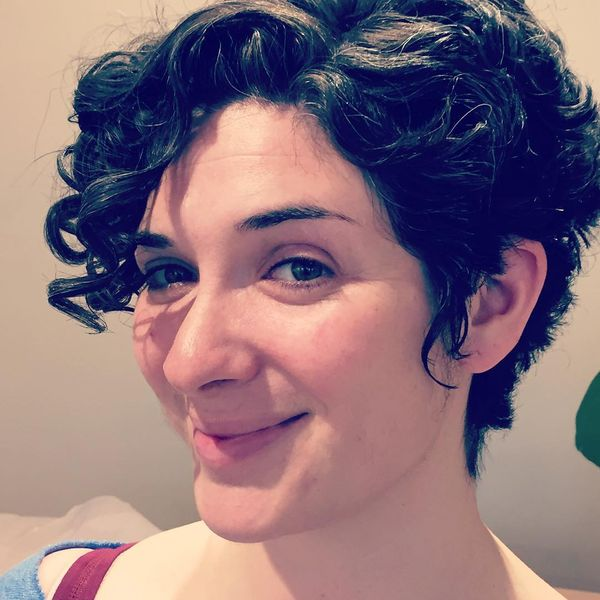 Side-Swept Pixie with Playful Curls2