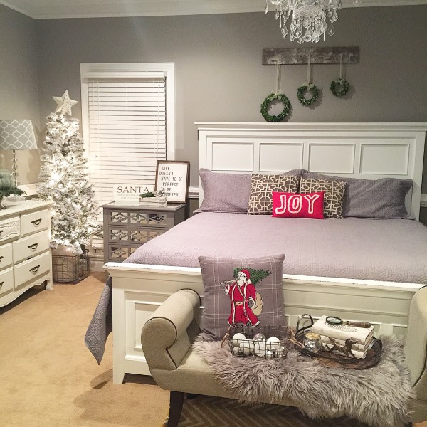 Holiday-Home-Bedroom