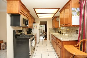 #007_1391_Edgefield_St_Upland_FOR_SALE_Raoul_and_Vianey_info@thehanovergrp.com_MLS