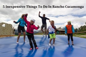 famiglia-e-ragazzi-sul-trampolino-moviment