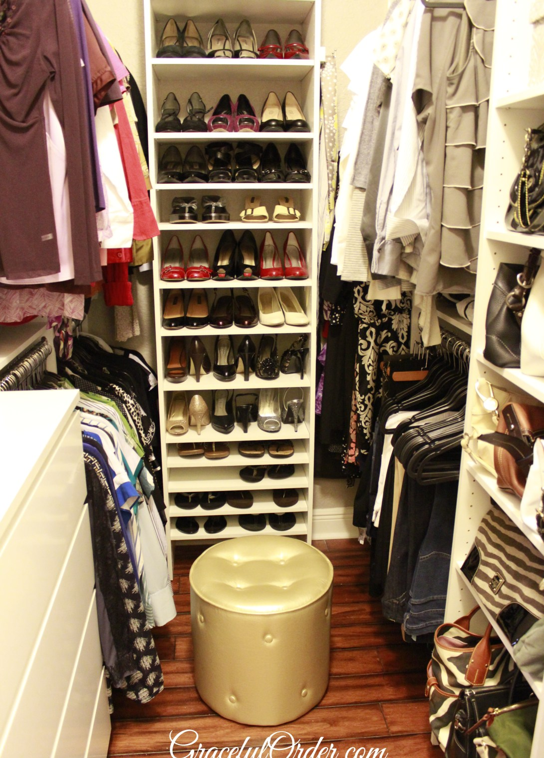 Walk In Closet Organization Ideas 20 Incredible Small Walk In Closet Ideas Makeovers The Happy