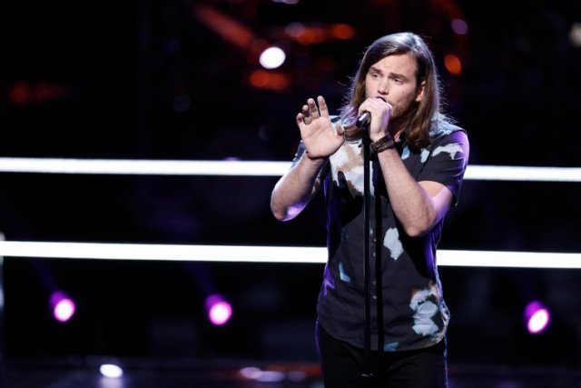 """THE VOICE -- """"Knockout Rounds"""" -- Pictured: Blaine Mitchell -- (Photo by: Tyler Golden/NBC)"""