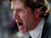 Coach Mike Babcock (Photo by Jim McIsaac/Getty Images)