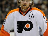 Claude Giroux's Flyers didn't meet expectations in 2013 (Jeanine Leech/Icon SMI)