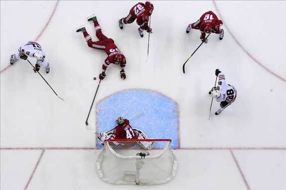 The Coyotes have had success with their defensive system (Matt Kartozian-US PRESSWIRE)