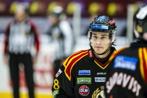 Elias Lindholm (photo by Jan Buler / courtesy Brynäs IF)
