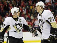 Crosby and Malkin would be no doubters at centre in a six-team NHL. (Geoff Burke-USA TODAY Sports)