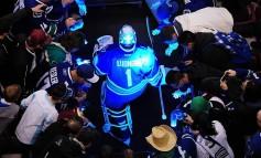 Hockey News: Trade Rumors Abound; Canucks Goalie Contoversy