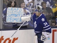 James Reimer and wife, April, had their own battle with Twitter bullies during the team's struggles last season. (Tom Szczerbowski-USA TODAY Sports)