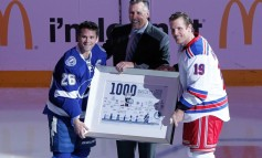 Dave Andreychuk Belongs in the Hockey Hall of Fame