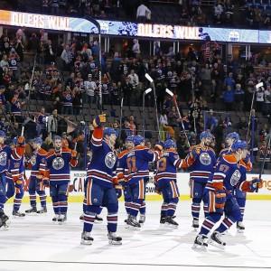 Oilers-salute-fans-e1407355040706-300x300