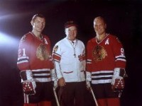 Bobby Hull, right leads team mate Stan Mikita, left by 10 points.