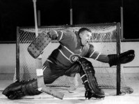 Gump Worsley  led Canadiens to their win over Toronto.