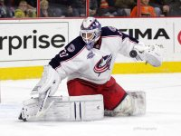 Curtis McElhinney has been keeping the Blue Jackets in games while Sergei Bobrovsky has been injured. (Amy Irvin / The Hockey Writers)