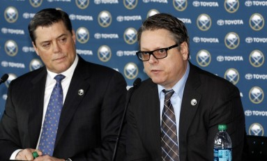 Sabres Commit to Murray with Extension