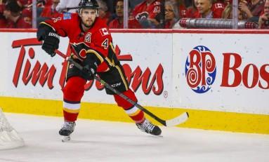 Flames Should Consider Trading Russell, Hudler at Deadline