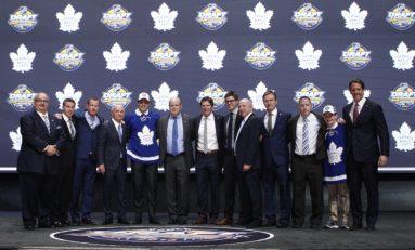 Maple Leafs News: Matthews, Enroth and Tavares