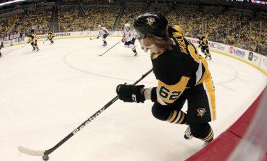 Fleury Impresses, Maatta Struggles in Penguins Opener