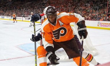 Wayne Simmonds Ejected, Knocks Ryan McDonagh Out of Game