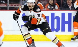 L.A. Exploring Goaltender Trade, Despres Hits LTIR, Mike Smith Update & More News