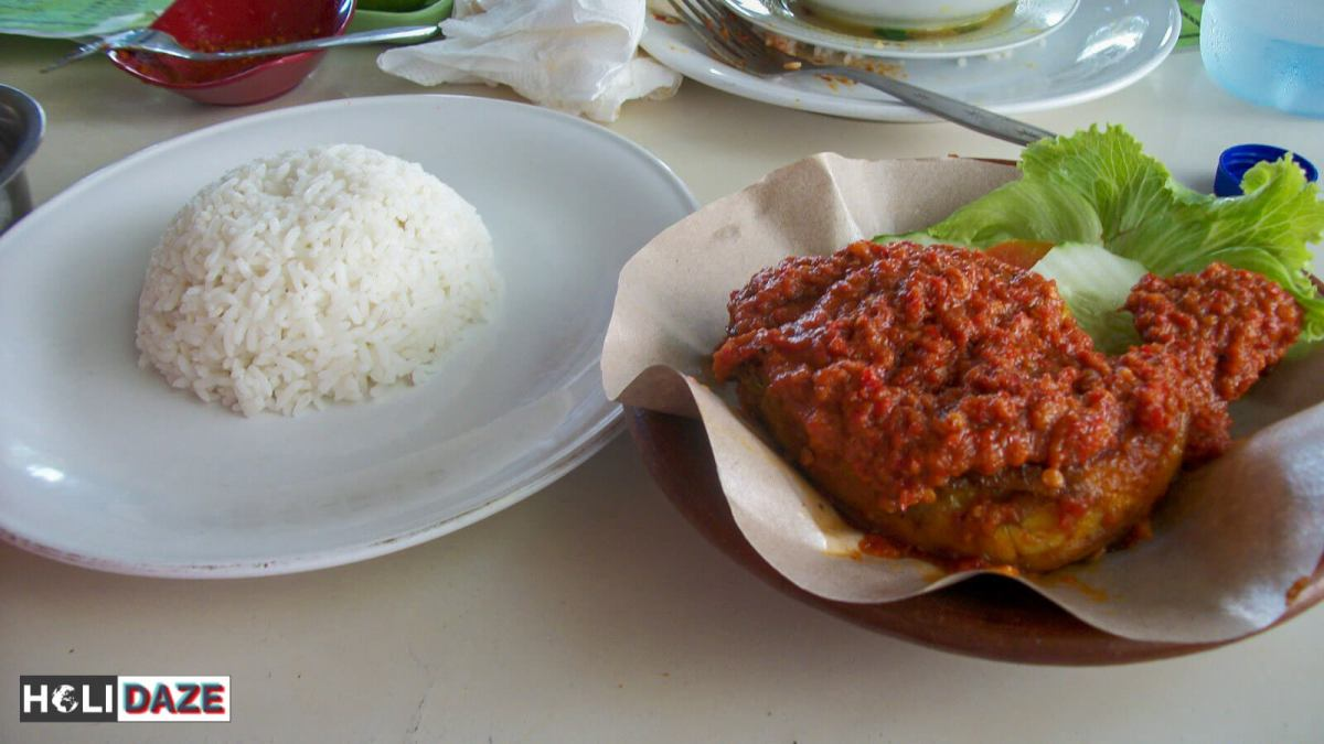 Indonesian Food Cheat Sheet: Ayam Bakar Bumbu Rujak in Lombok