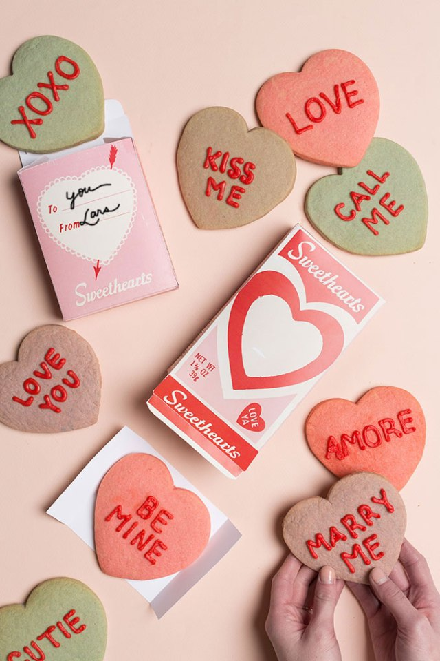 Conversation heart cookies with free printable box