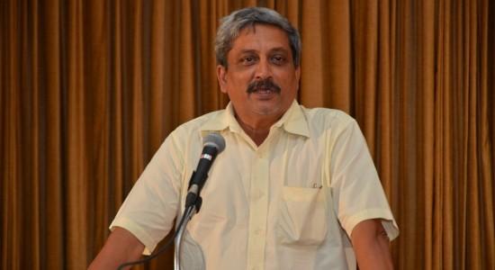 Shri-Manohar-Parrikar-in-a-lighter-mood-LUBs-20th-National-Executives-Meet-Goa-550x300