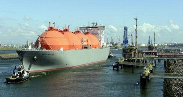 LNG tanker--621x414_0_0