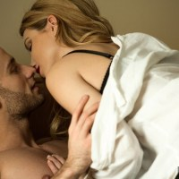 12 things women don't tell you they do right before sex