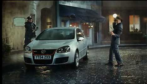 Gene Kelly singing in the rain with a VW Polo GTi