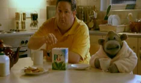 Monkey and Al promote PG Tips