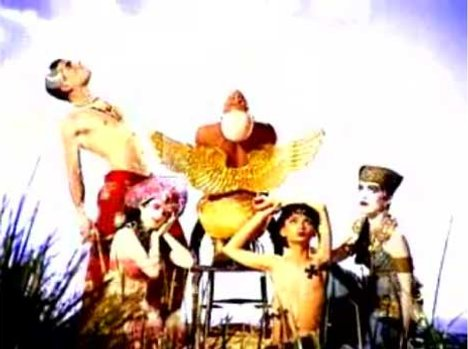 A tableau in Losing My Religion music video