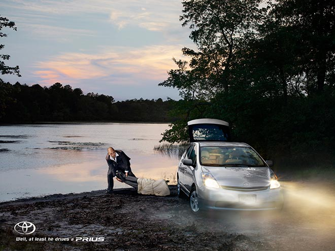 Man drags body to water in Toyota Prius ad