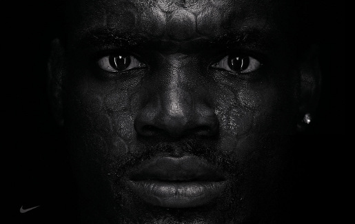 Adrian Peterson in Nike Combat Pro advertisement